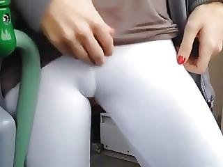 A Exhibitionist Girl Blowjob On Train