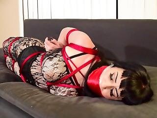Pin-up Girl Tightly Hogtied