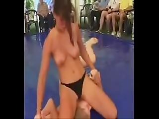 Hot Women Wrestling