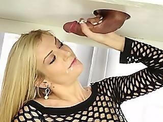 Hot Masseuse Amanda Tate Massages Cock