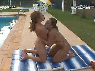 おまんこ, 大きなおまんこ, ブラジル人, レズビアン, 舐める, プール, おまんこ, おまんこをなめる