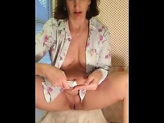 chatte bien rasee masturbation mature