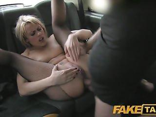 porno-v-taksi-v-kontakte