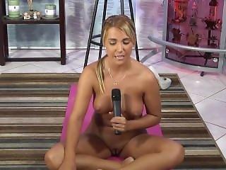 Jenny Scordamaglia Nude Yoga