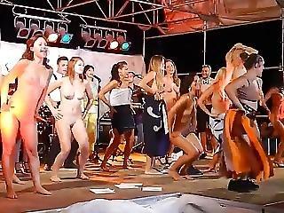 Amateur, Tanzend, Flashing, Im Freien, öffentlich, Necken