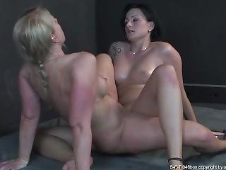 The Ultimate Decision - Mature And Milf Sexfight Tribbing