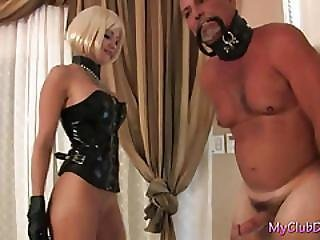 Cattie Bangs A Guy With A Stapon