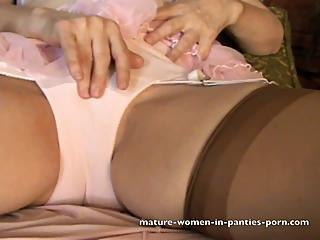 Girl big ass nude spread