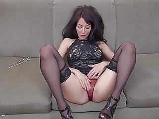 Beautiful Slim Milf With Flowing Juicy Pussy