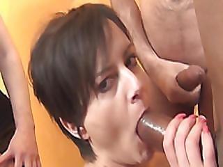Short Haired Cutie Pixie Enjoys Bukkake In Blowbang