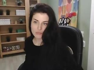 Freakygirll - Model From Chaturbate Looks Like Liv Tyler