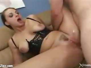Nikki-nievez-anal-and-squirt