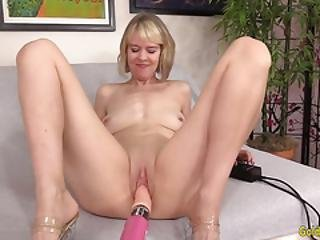 Horny Older Hoochie Jamie Foster Gets Herself Off With A Fucking Machine