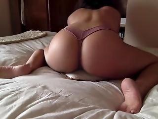 Pillow Humping & Moaning Good