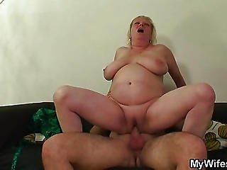 Gobbling Granny Loves Hot Cum