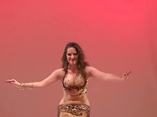 Amazing Big Ass Belly Dancer Shaking Her Hot Wet Body ;)