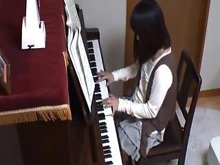 Salacious Piano Guru Makes Love His Learner During A Lesson