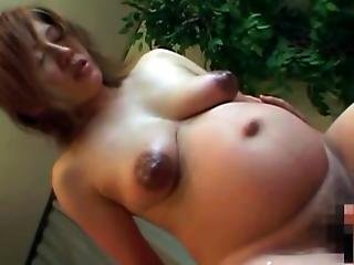 Asian Preggo Has Her Pussy Pleasured