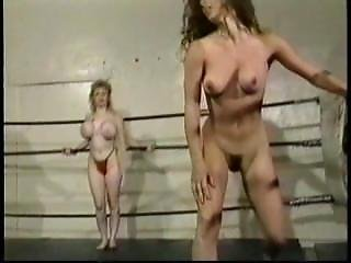Wrestling muscle babe submits 6