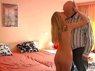 Young Secretary Evaluation Old Man Boss Fucks Beautiful Girl