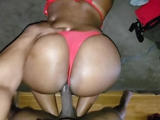 Fucked Her Big Booty In Her Swimsuit & Got It Wet
