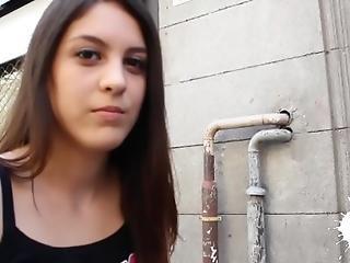 Inspector De Hacienda Con Carolina Abril