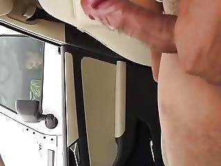 Parked Car Flasher Gets Some Interest