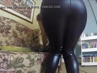 Love Rachelle Leggings Farting