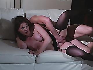 sort, sorte strømper, brunette, kneppe, hardcore, lingeri, milf, mor, orgasme, pornostjerne, strømper
