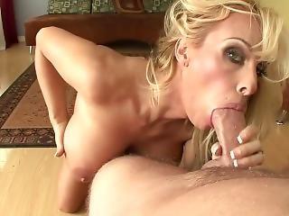 Holly Halston Super Milf