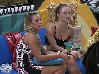 Big Brother Brazil - Nath�lia And Friend Smoking