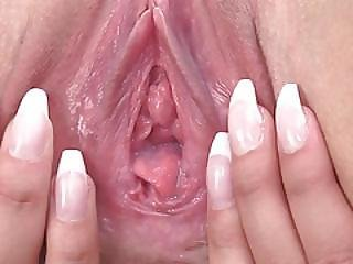 Gyno Toys In Her Deep Vagina Pussy