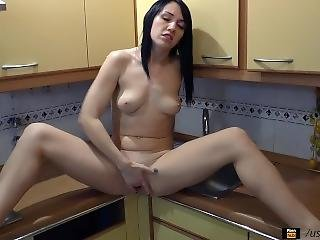 Squirt In The Kitchen