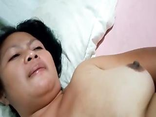 Horny Indonesian Maid Awaits For Romantic Creampie Fucking