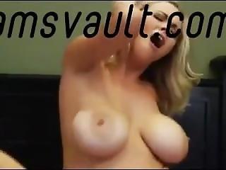 Hot Mother Gets Fucked Snapchat: Ashleybear109