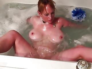 amateur, onanieren, milf, badewanne, ehefrau