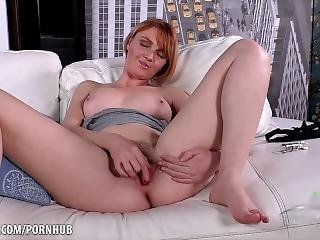 Marie Mccray Talks Dirty With Her Hairy Cunt
