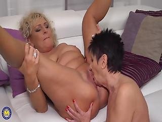 Old Grannies And Moms Lick Asses And Pussies