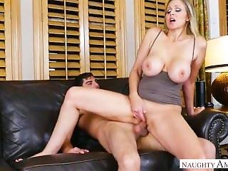 Julia Ann My Friends Hot Mom
