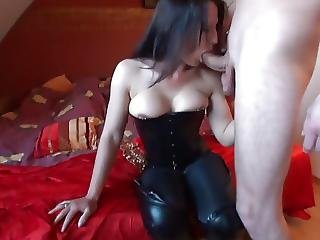 Sexy Amateur Girl Fucks In Leather Outfit