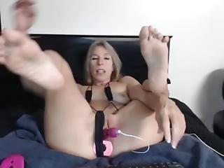 Find6.xyz Teen Monica Leigh Fucking On Live Webcam