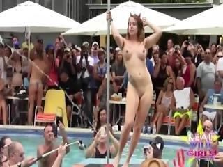 fantazje, ekshibicjonizm, impreza, basen, zdzira, przerwa wiosenna, mokra, dziki
