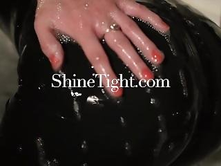 Shinetight.com ?unknown Beauties & Their First Latex Experience?2017