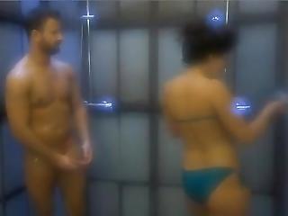 Valo Vilag Reality Tv - Fanni Masturbates Dennis In The Shower