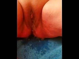 She Pees On The Bed After Shaving Her Pussy