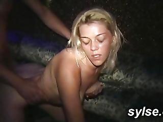 MILF sur trentenaire sexe vidéos