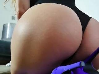 Ass Worship With Hot And Busty Red Head