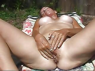 Fingering My Wet Hairy Pussy In The Hot Florida Sun
