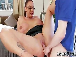 Girls First Time With Big White Dick Big Tit Step Mom Gets A Massage