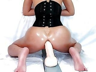 Full Corset Grind Slow And Sexy Then Bounce